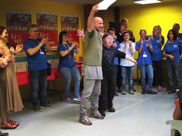 Il Veliero Onlus - Lì Sei Vero 2018 - Menzione Speciale 2018 - Alessandro Lelli - MeTe Teatro - Tu sei infinito.jpg
